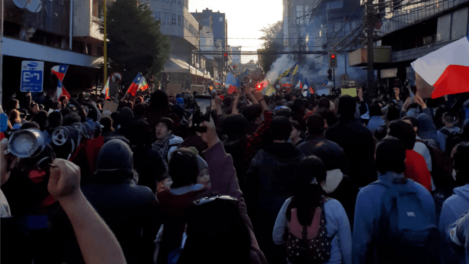 A protest on the streets of Chile's salmon farming 'capital', Puerto Montt, in the Los Lagos region. Photo: Salmon Expert.