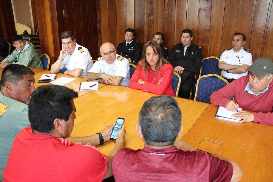 Al encuentro donde se estableció el acuerdo, asistieron representantes del Gobierno y la sociedad civil. Imagen: Gobernación de Llanquihue.