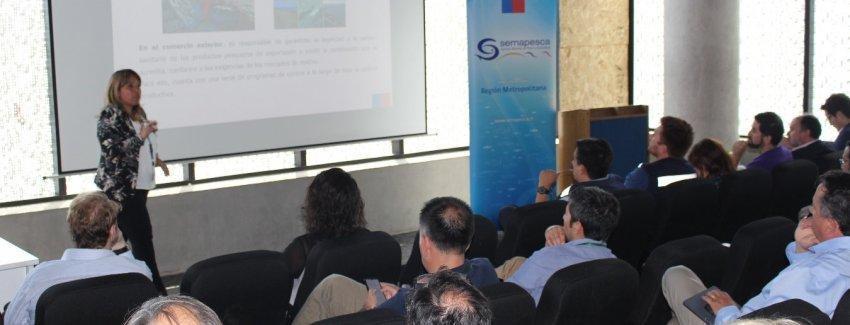 La Directora Regional de Sernapesca de la Región Metropolitana, Alejandra Arriaza, estuvo a cargo de la instancia. Imagen: Sernapesca.