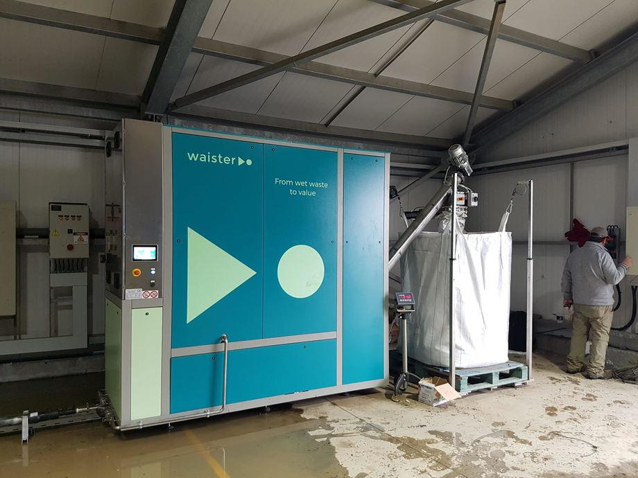 Equipo deshidratador de lodos acuícolas que ahora se encuentra funcionando en Magallanes. Foto: Circular Solutions.