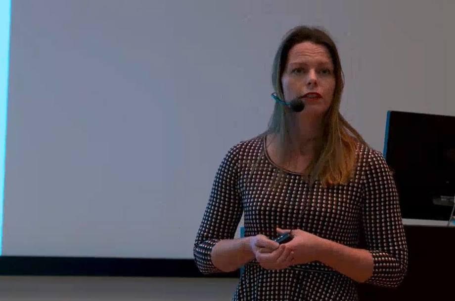 Seniorforsker Britt Bang Jensen ved Veterinærinstituttet lanserte en app hvor man kan hente ut dødelighetsstatistikk for norsk lakseproduksjon. Skjermdump fra Veterinærinstituttet.