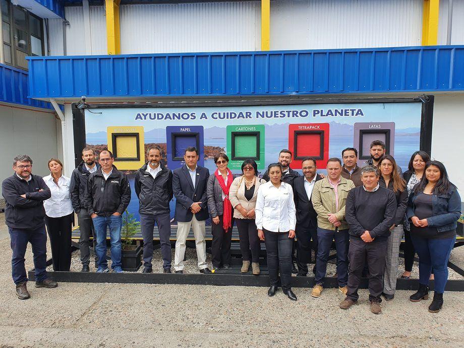 Inauguración del primer punto verde en Puerto Chacabuco instalado por Mowi Chile. Foto: Salmonexpert.
