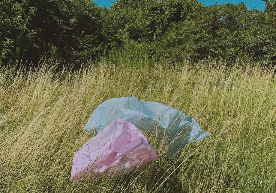 Penger fra bla plastposeavgiften skal brukes for å forske frem bedre måter å etterbruke plast i havbruk på, samt redusere mengden avfall. Foto: Norges Forskningsråd.