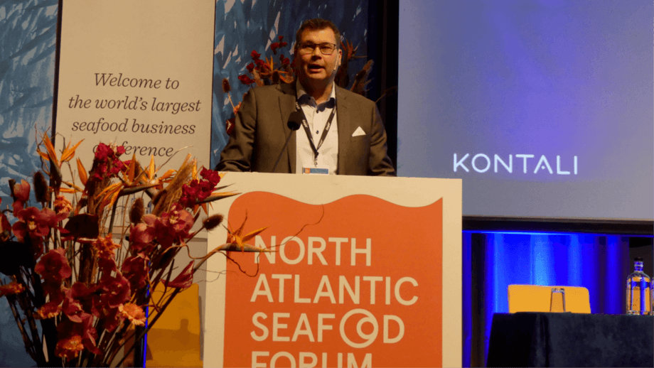 Ragnar Nystøyl, chief analyst at Kontali, addresses the North Atlantic Seafood Forum in Bergen. Photo: Ole Andreas Drønen / Kyst.no.