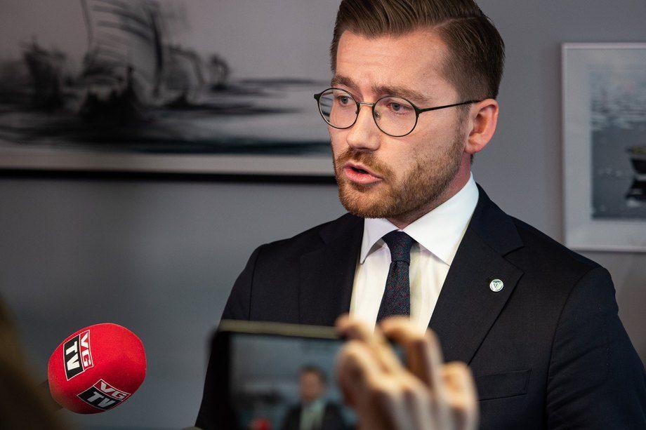 Klima- og miljøminister Sveinung Rotevatn la frem stortingsmeldingen fredag. Foto: Snorre Tønset/Klima- og miljødepartementet