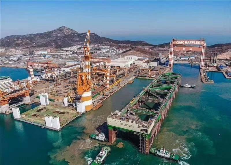 Havfarmen ferdigstilles nå på verftet i Kina. Planen er at den skal stå klar om en måned. Foto/video:  Edi Milic/LinkedIn.