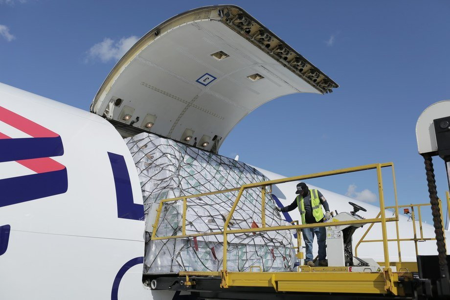 Transporte aéreo de salmón. Foto: LATAM Cargo.