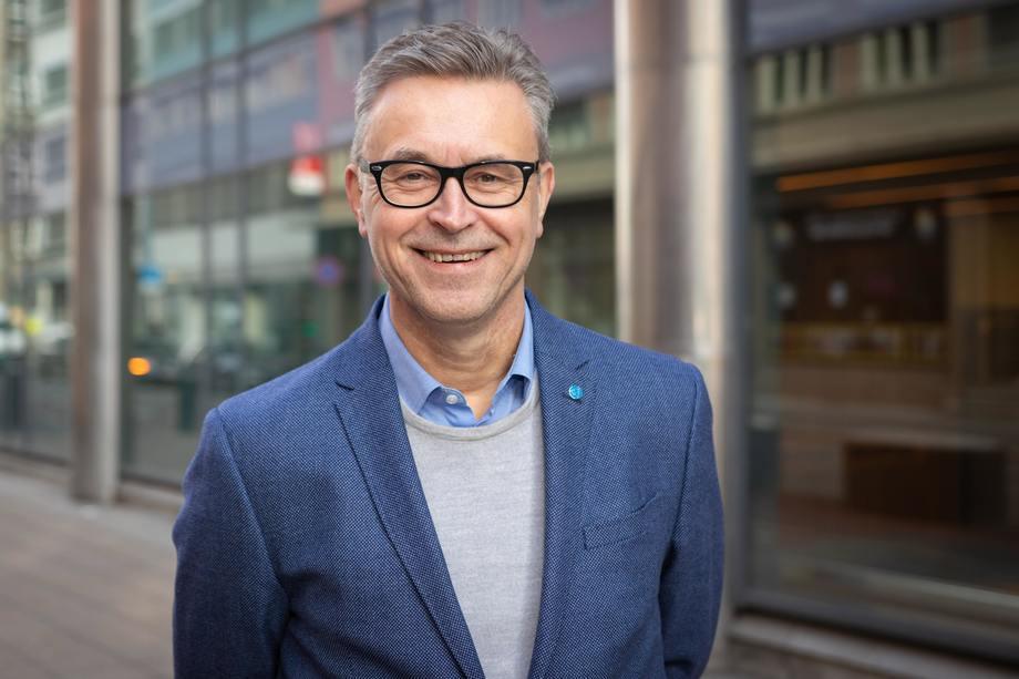 Sjømatministeren skal til Øst-Finnmark neste uke. Foto: NFD.