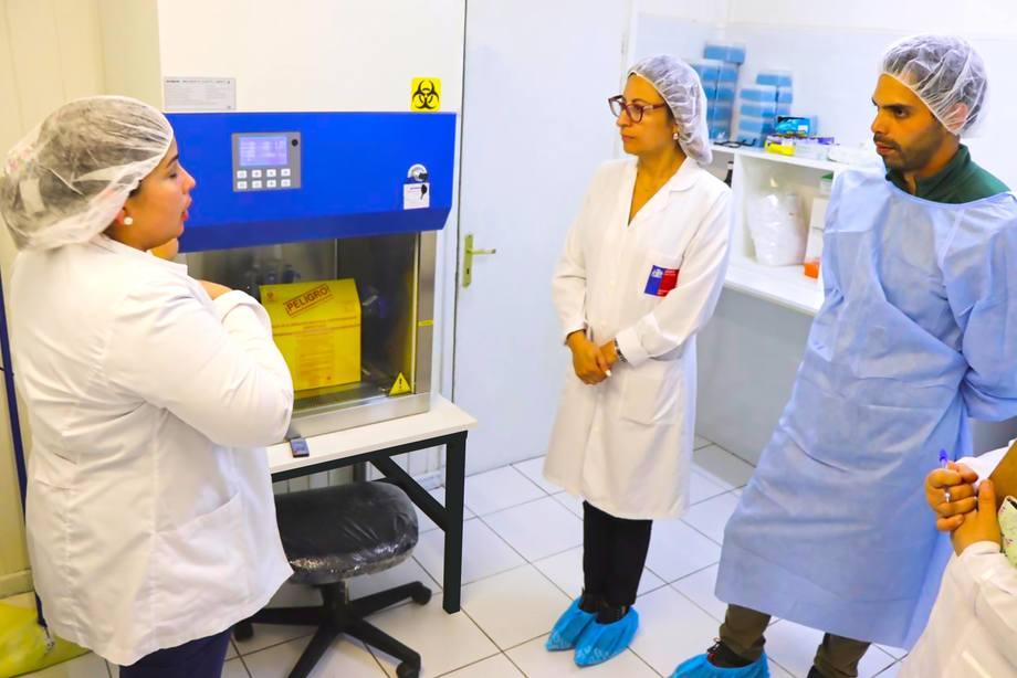 Visita de la Seremi de Salud al laboratorio CIBA ubicado en Puerto Aysén. Foto: CIBA.