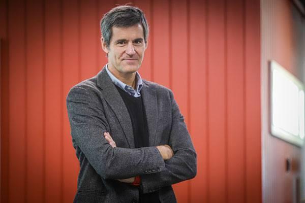 Especialista en liderazgo, Juan Carlos Eichholz, dará inicio a ciclo de charlas. Foto: Diario Financiero.