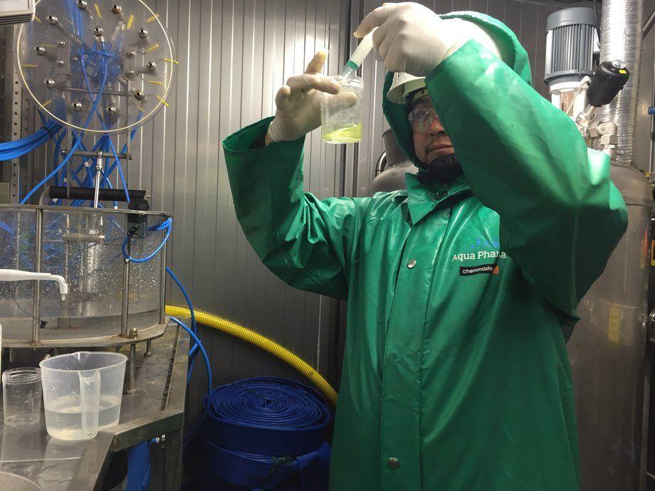 Pulcea utiliza energía acústica para atacar a los piojos de mar al hacer oscilar las burbujas de oxígeno liberadas durante el tratamiento con peróxido de hidrógeno. Foto: Pulcea.