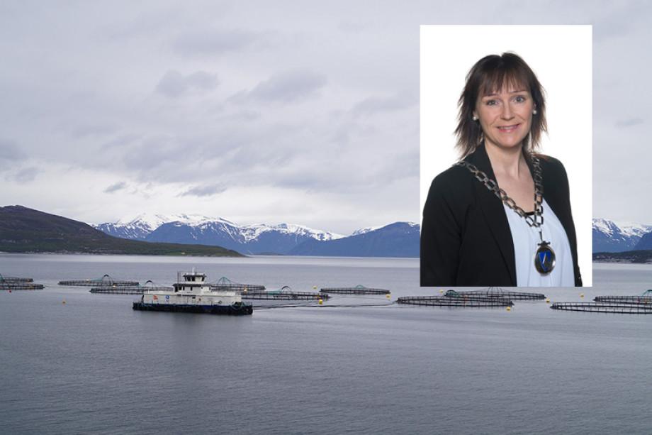 Ordfører Monica Nilesen fra Alta er talsperson for de 70 ordførerne som vil ha mer penger til å tilrettelegge for havbruk. Foto: Alta Kommune.