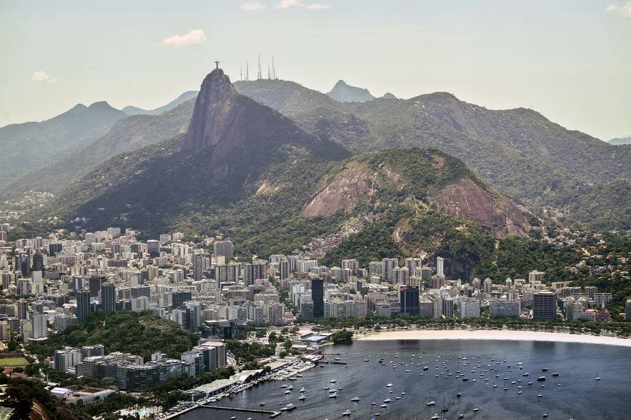 Brasil kan med sine 200 million innbyggere bli et potensielt relevant, fremtidig marked for «Salmão da Noruega». Illustrasjonsfoto av Rio de Janeiro: LhcCoutinho fra Pixabay.
