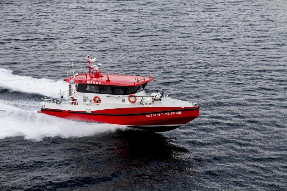 KB Storm er et hurtiggående fartøy skreddersydd for servicearbeid og dykking for havbruksnæringen. Foto: Maritime Partner.