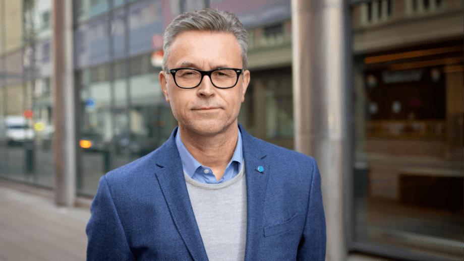 Fiskeri- og sjømatminister Odd Emil Ingebrigtsen vil legge et godt grunnlag for fremtidens trafikklyssystem. Foto: Hans Kristian Thorbjørnsen