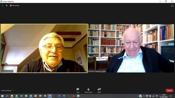 Arturo Clément, en conversación con Ricardo Lagos. Imagen: SalmonChile.