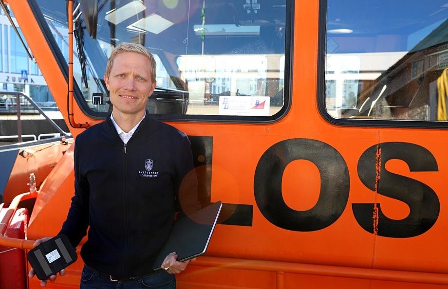 Odd Sveinung Hareide, rådgiver og prosjektleder i lostjenesten, ønsker kontakt med leverandører og fagfolk som kan bidra i utviklingen av nye støtteverktøy for lostjenesten. Foto: Kystverket