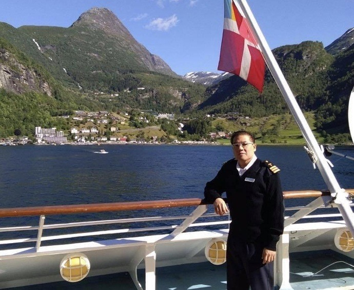 En filippinsk skipslege fra Hurtigruten er drept på Filippinene. Foto: Privat.