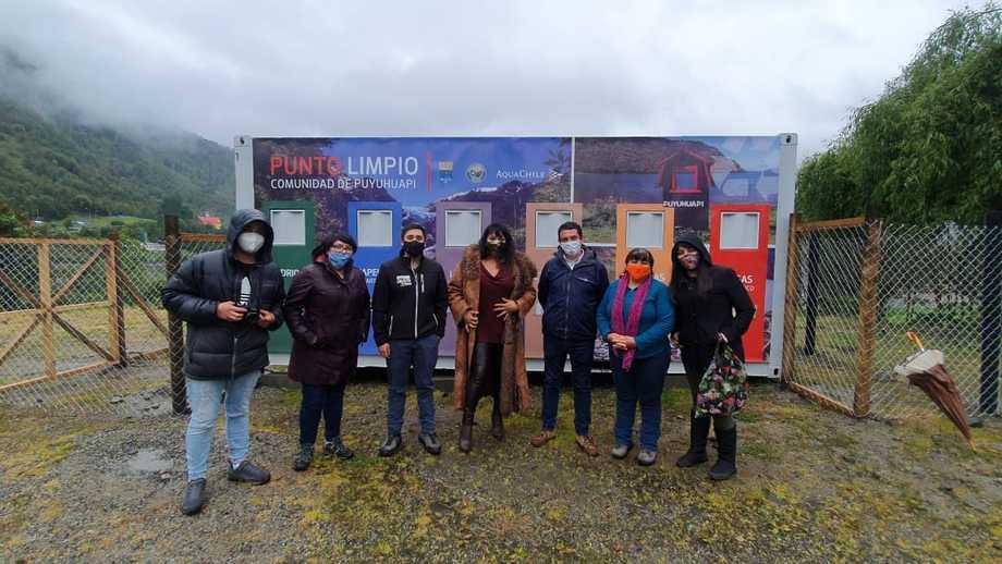 Inauguración punto limpio en Puyuhuapi. Foto: AquaChile.