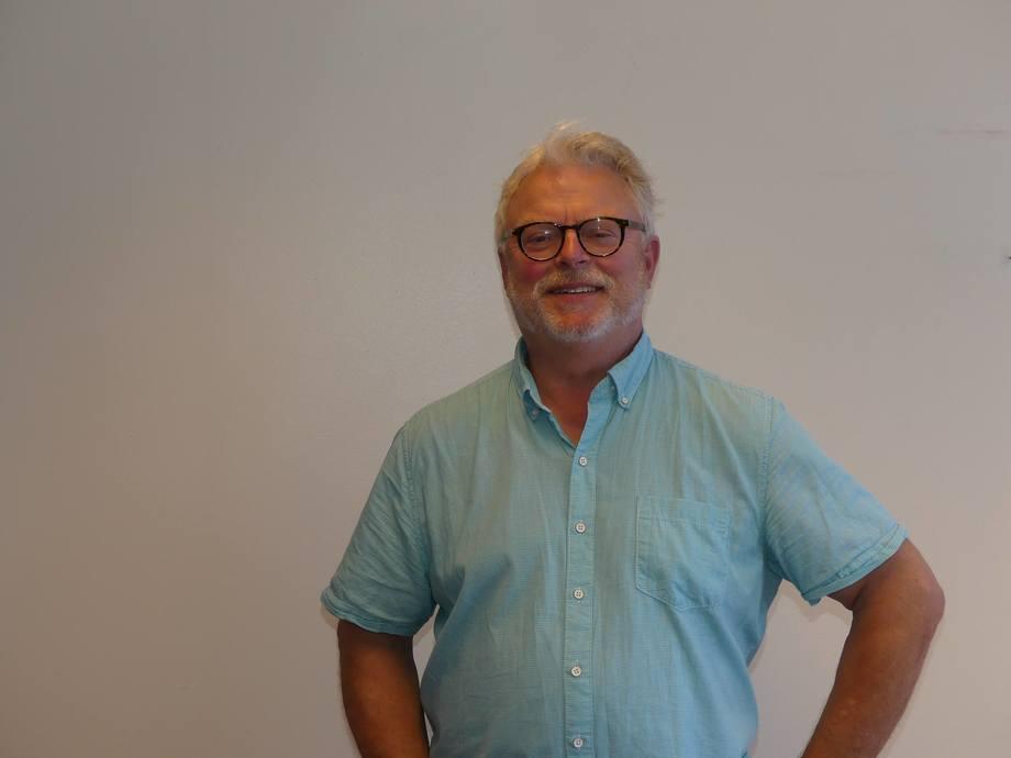 Sjefredaktør i Skipsrevyen, Gustav Erik Blaalid. Foto: Helge Martin Markussen