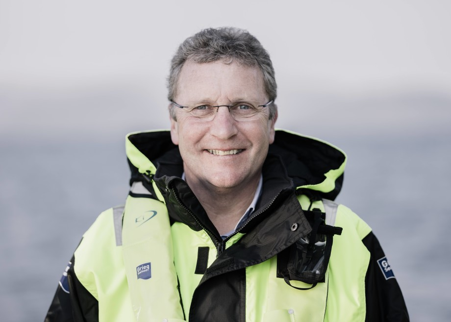 Andreas Kvame, konsernsjef i Grieg Seafood, sier Covid-19 fortsatte å påvirkemarkedene deres og påvirke prisoppnåelsen til selskapet. Foto: Tommy Ellingsen
