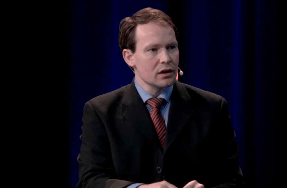 Knut Ivar Bakken, analista en Danske Bank, durante los Seafood Days 2021. Captura de pantalla de la transmisión.