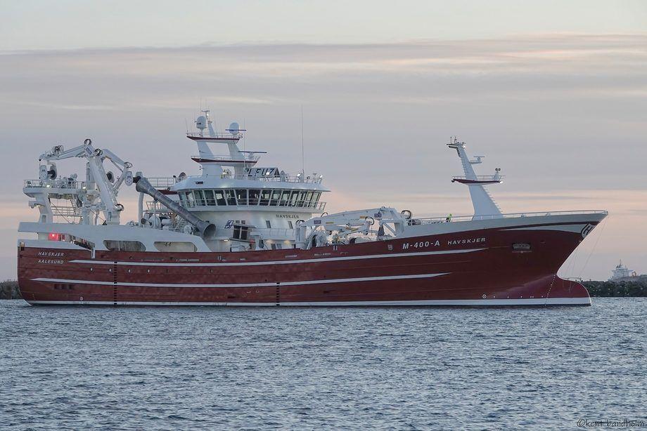 Etter en lengre forsinkelse er «Havskjer» overlevert til rederiet Havskjer AS. Foto: Karstensens Skibsværft