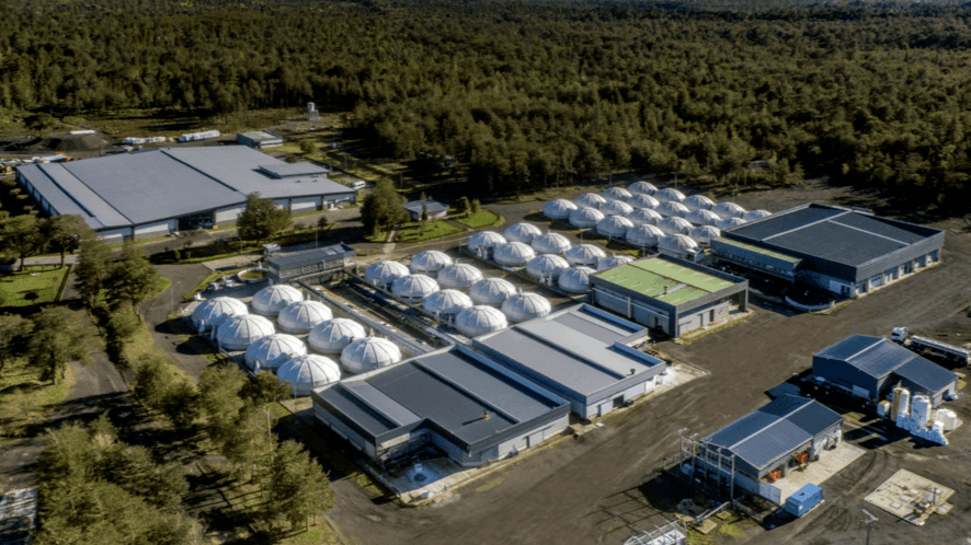 Camanchaca's Petrohué hatchery. The company intends to increase its annual salmonid harvest to 73,000 tonnes by 2025. Photo: Salmones Camanchaca.
