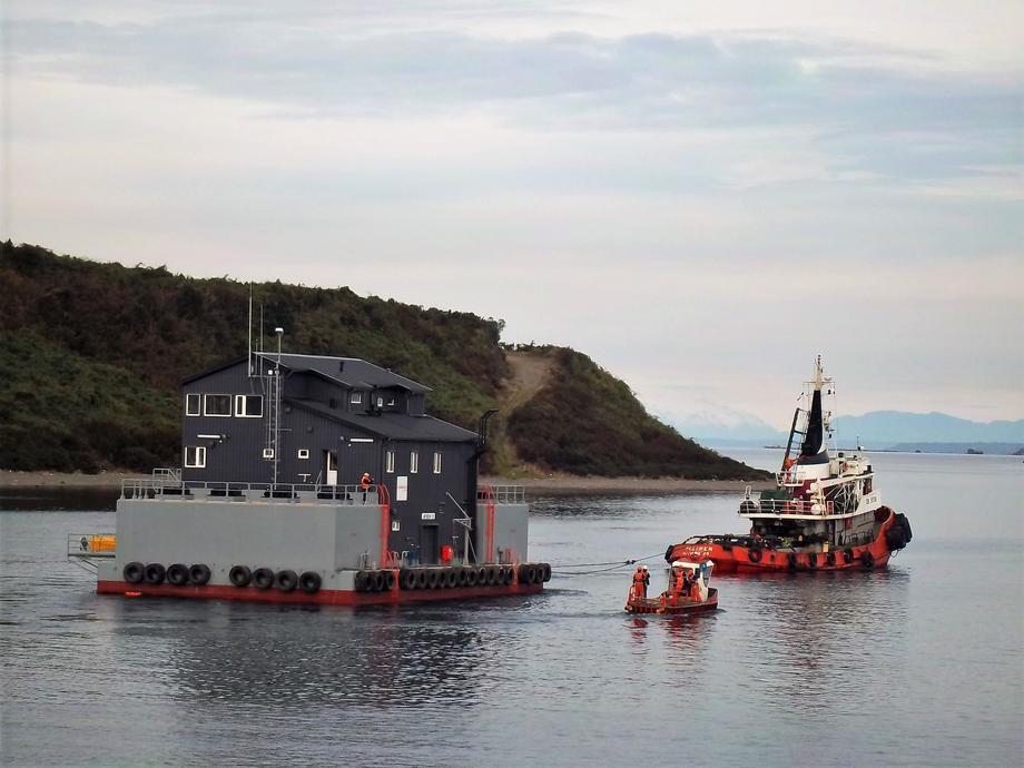 Sindicato de Tripulantes pide mayor mantención y fiscalización de los pontones. Foto: Archivo Salmonexpert.