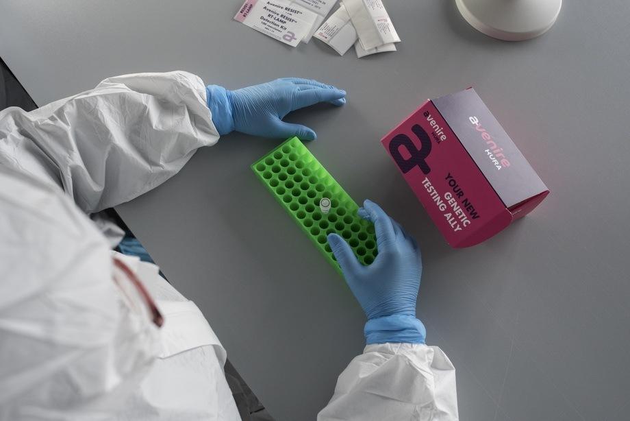 La pandemia ha traído también oportunidades a los emprendedores, como Kura Biotech, asociado a Endeavor, quienes desarrollaron un método rápido para detectar Covid-19. Foto: Endeavor.