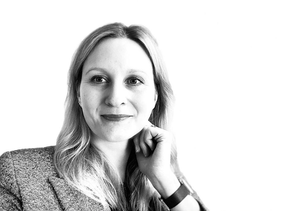 Siri Sundal Shield er valgt til leder for kvinnenettverket WISTA. Hun jobber som senior ship broker hos Odfjell Tankers. Foto: Wista