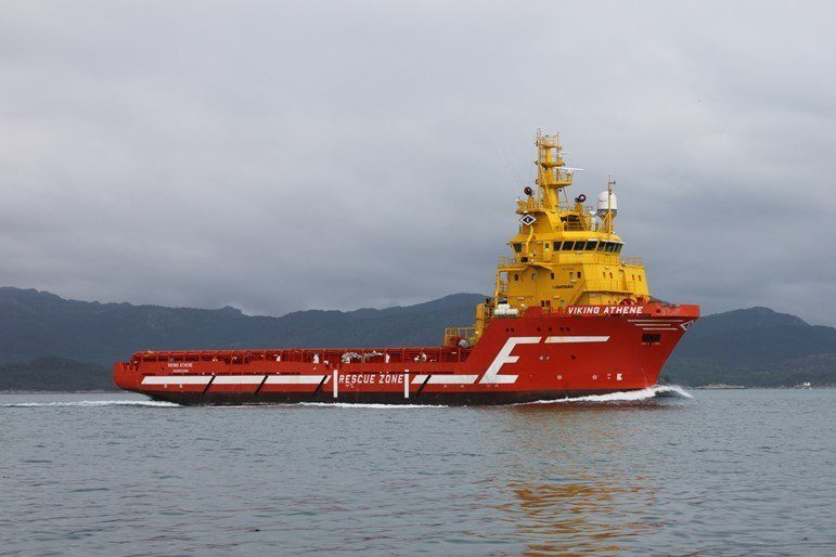 Bakkafrost har kjøpt supplyskipet «Viking Athene» fra Eidesvik Shipping. Foto: Eidesvik.