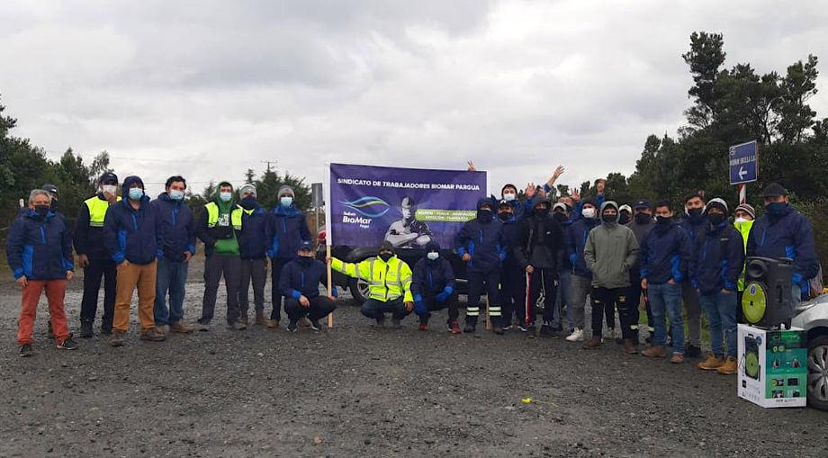 Huelga del sindicato comenzó la primera semana de abril. Foto: Sindicato BioMar Pargua.