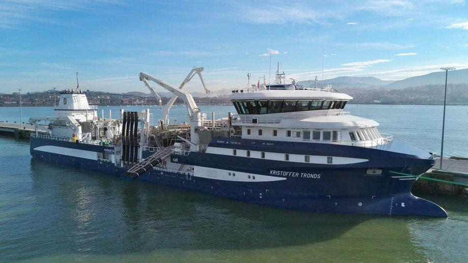 Brønnbåten «Kristoffer Tronds» er overlevert fra Astilleros de Murueta til Alsaker Fjordbruk. Foto: Astilleros de Murueta