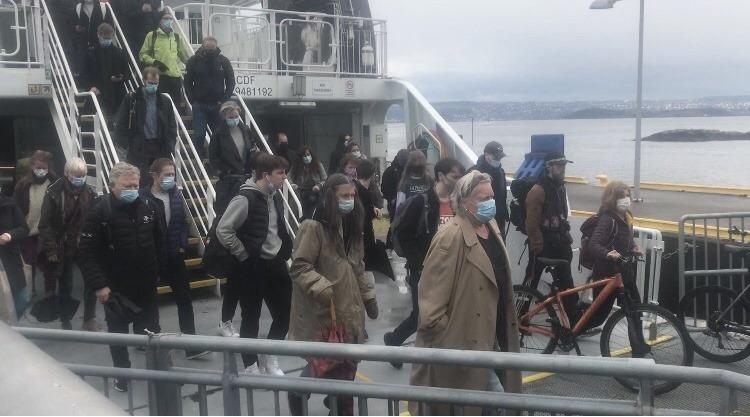 Passasjertrafikken har begynt å ta seg opp  igjen på Nesoddbåtene. Foto: Sigbjørn Larsen.