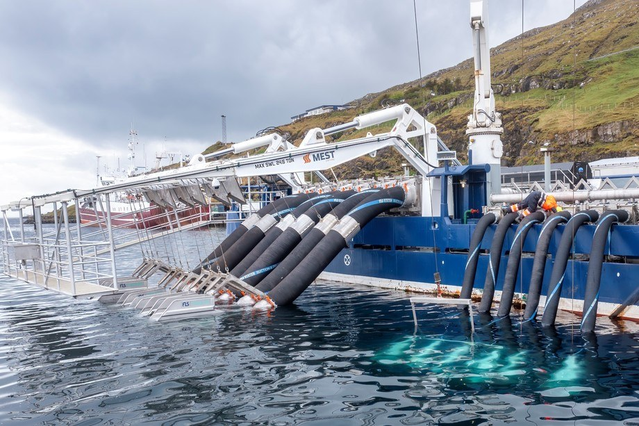 The FLS Caligus delousing system recently installed on Faroese salmon farmer Bakkafrost's MS Martin wellboat by MEST Shipyard. An FLS system is also due to be installed on the MS Bakkanes, which will operate for the Scottish Salmon Company. Photo: MEST Shipyard.