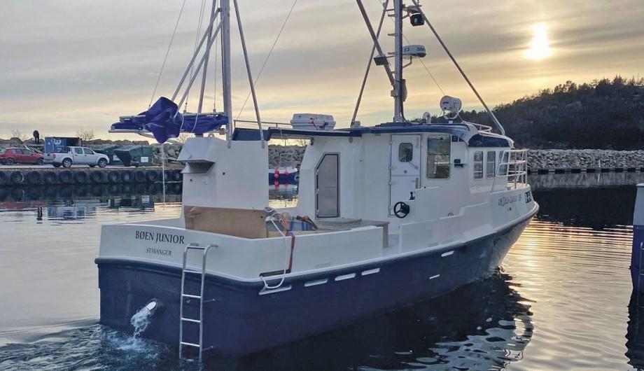 En ventebåt kaller reder Einar Bøen sitt nybygg, «Bøen Junior». Foto: Nor-Dan Marine