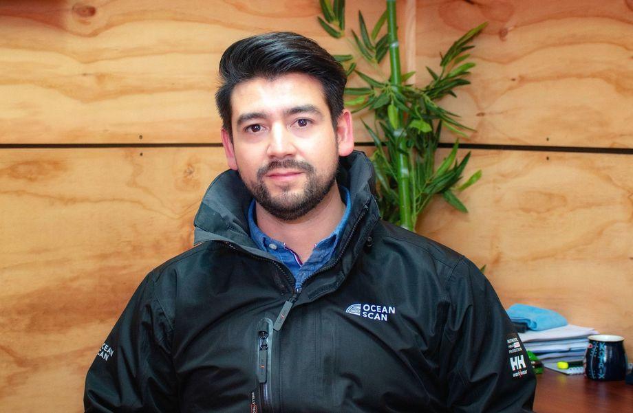 Alex  Lobos, jefe de Hidrografía y Oceanografía de OceanScan. Foto: OceanScan.