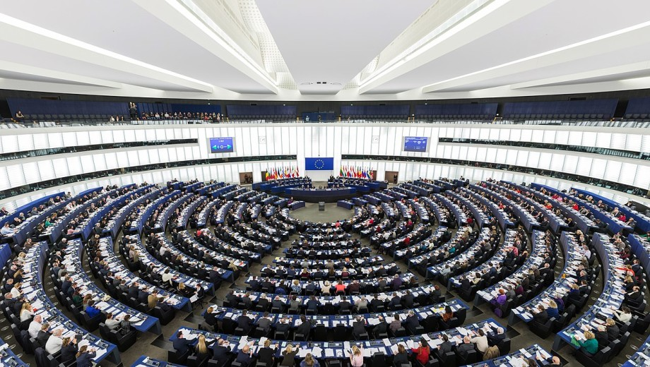 File photo of the European Parliament in Strasbourg, where MEPs have backed a resolution aimed at blocking the use of imidacloprid in aquaculture. Photo: Wikimedia Commons.