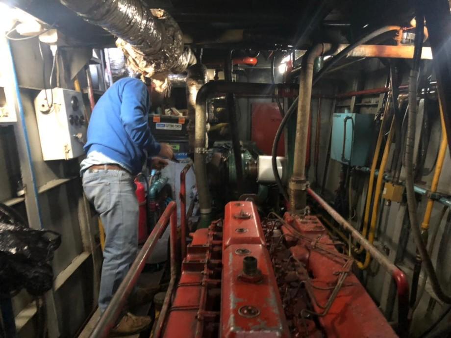 Sala de máquinas de nave acuícola menor. Foto: Arasemar.