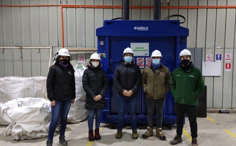 Rembre se encargará de la recolección y compactación de algunos de los residuos de Blumar. Foto: Blumar.