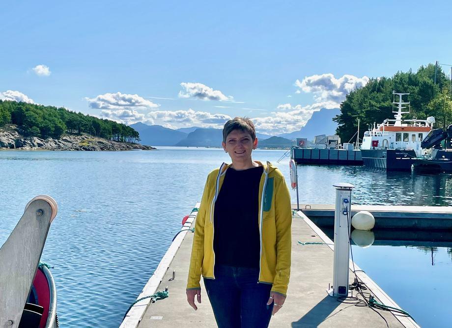 Solveig Willis er ny i Svanøy Havbruk. Foto: Svanøy Havbruk