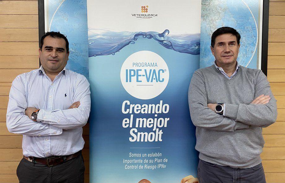 Luis Montoya y Andrés Millán, Product Service Manager y Gerente de negocios Aqua de Veterquímica. Foto: Veterquímica.