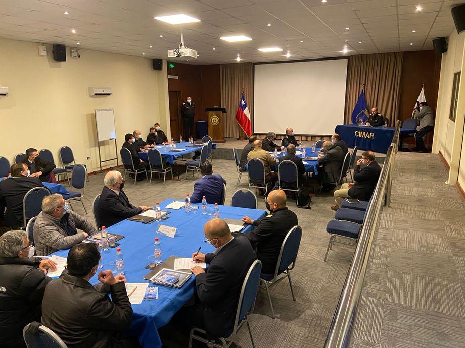 Primera mesa de trabajo iniciada por la Autoridad Marítima. Foto: Alianza Marítima de Chile.