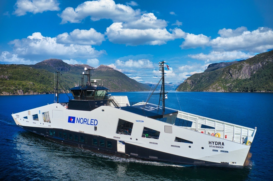 Ship of The Year  2021: MF «Hydra» Foto: Norled