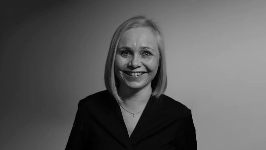 Cecilie Låhne (48) kommer fra stillingen som CCO og fungerende CEO i Excitus AS og skal nå bli salgsdirektør i AKVA group. Foto: AKVA group