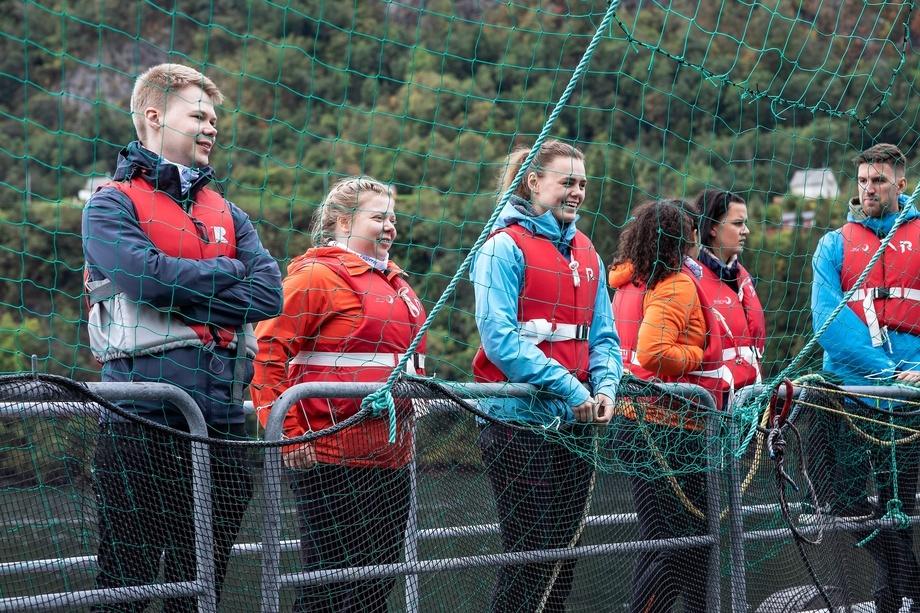 Seafood Trainee besøk hos Hardanger Akvasenter og Lingalaks. Besøket var del av modul 1 med hovedfokus på verdikjeden innen havbruk.  Foto: Silje Katrine Robinson.