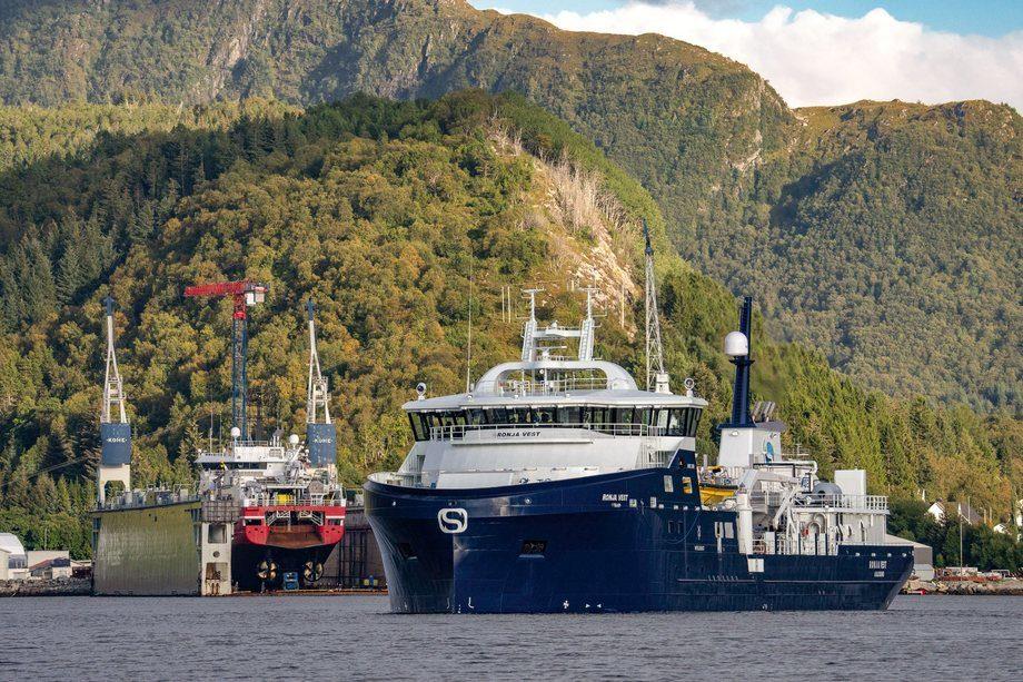 «Ronja Vest» er den første av fire brønnbåter Myklebust leverer til Sølvtrans. Foto: Olav Tokle (Fotomarin)
