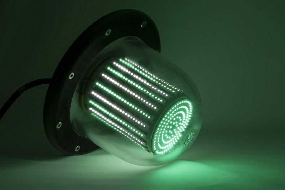 Lámpara de Bioled para proyectos acuícolas. Imagen: Bioled.