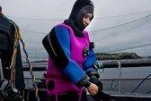 Trives som eneste kvinnelige dykker i AKVA Marine Services
